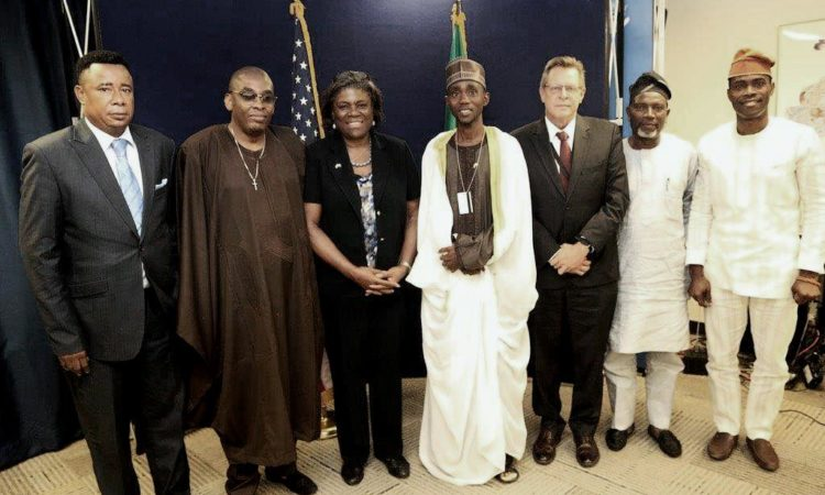 U. S. Assistant Secretary of State for African Affairs, Linda Thomas-Greenfield with five steering members of the Religious Leaders Anti-Corruption Committee on August 25 in Lagos